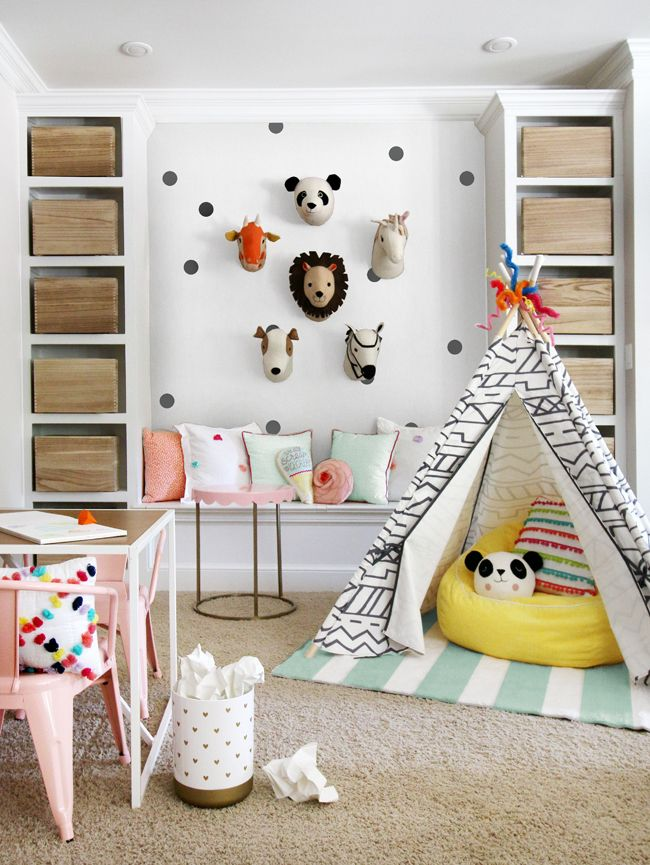 I recently had the opportunity to give a mini makeover to C's best friend's playroom using Target's new kids decor line PillowFort.  You may recall that I used a few of PillowFort's lamps in C's Kate