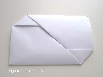 Easy Origami Envelope- all you need is a piece of 8.5x11 paper, no scissors, no glue!