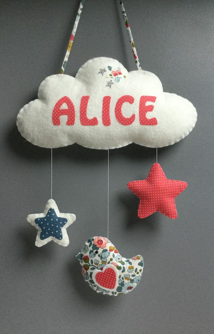Mobile décoration nuage prénom - étoiles - oiseau avec message -  en feutrine et tissu assortis