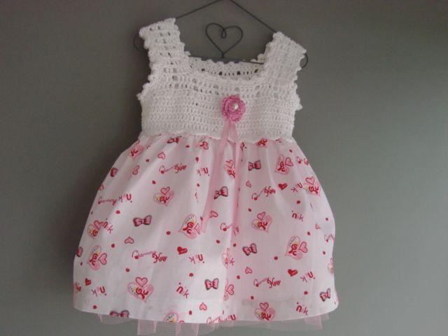 lief voorjaars jurkje met gehaakt pasje