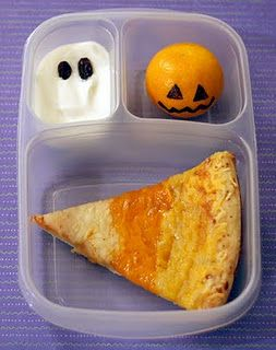 Kid's Lunch: For Halloween!  See more seasonal ideas for lunches here  www.itswrittenonthewall.com