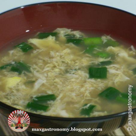 Kaki Tamago Jiru (Sopa de Ovos)
