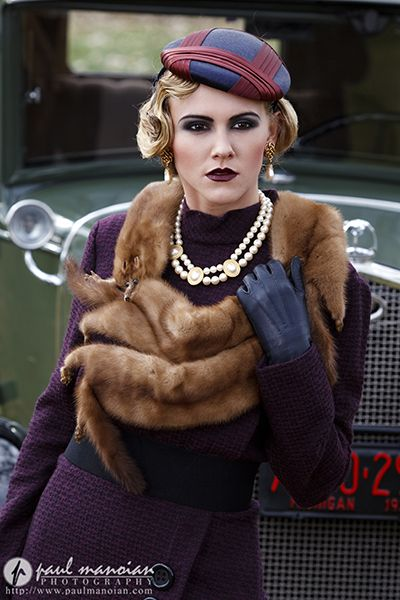 1930s Vintage Fashion Photo Shoot