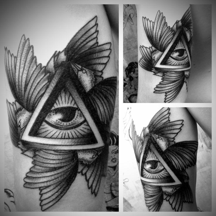 Illuminati Triangle Tattoo 33 best Amazing...