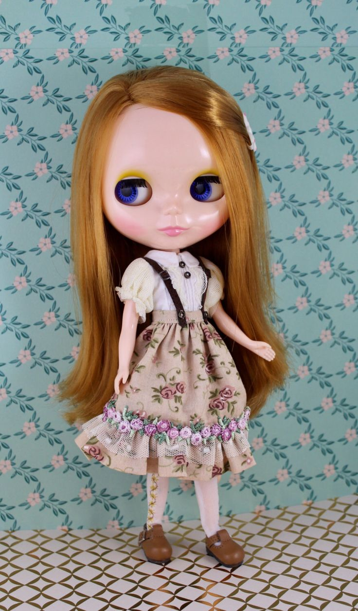 A personal favorite from my Etsy shop https://www.etsy.com/listing/507219925/romantic-outfit-for-blythe-doll