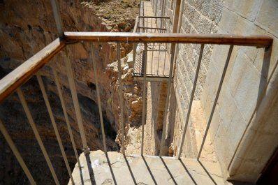 coche de alquiler Ein Gedi israel Jerico mar muerto Masada palestina por libre San Jorge Territorios Palestinos viaje en pareja