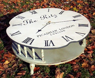 My Painted Stuff: My clock face obsession.Painting Furniture, Face Clocks, Fabulous Furniture, Clocks Face, Clock Faces, Painting Stuff, Furniture Diy, Clocks Tables, Decor Painting