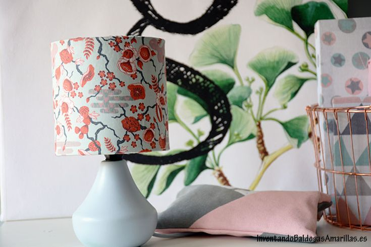 Cómo forrar una lámpara con tela