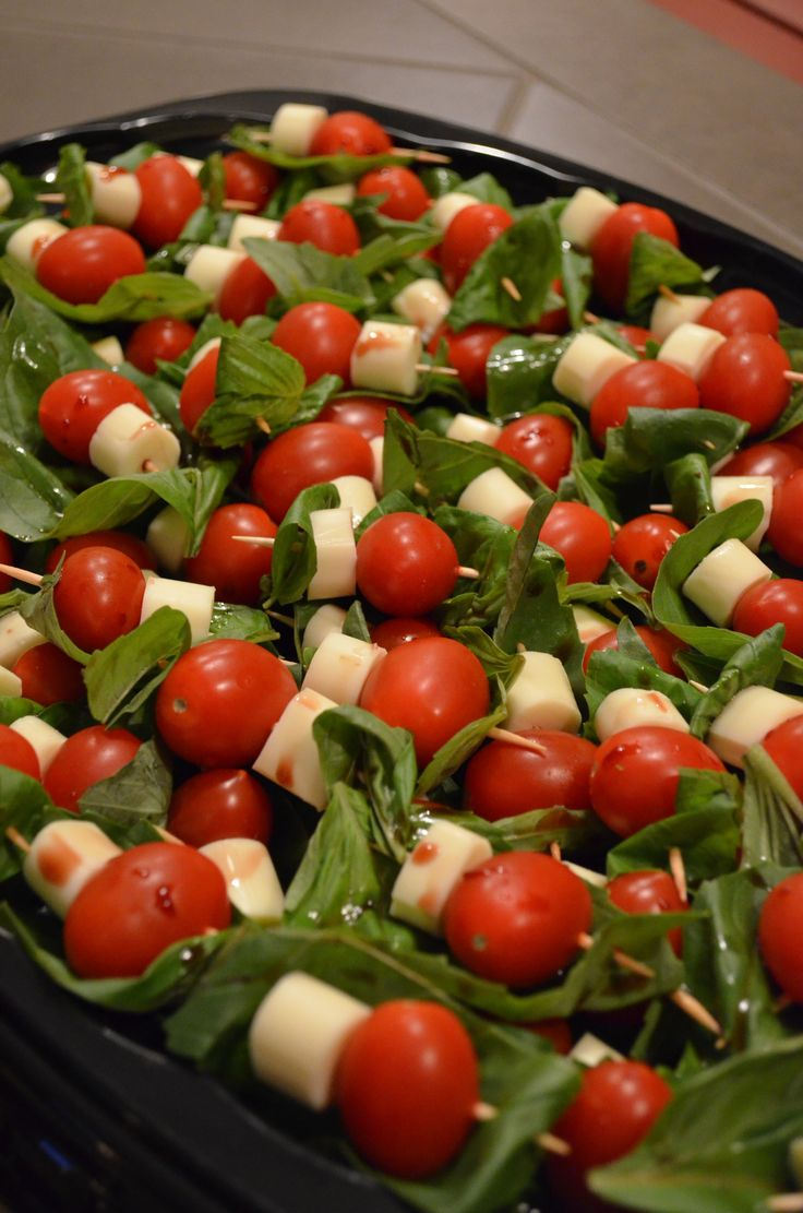 Easy Caprese Appetizers - DIY Savvy Home