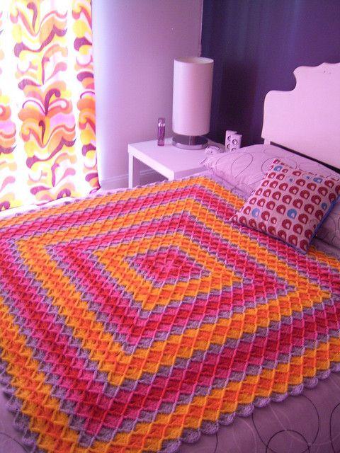 Crochet Blanket: free pattern