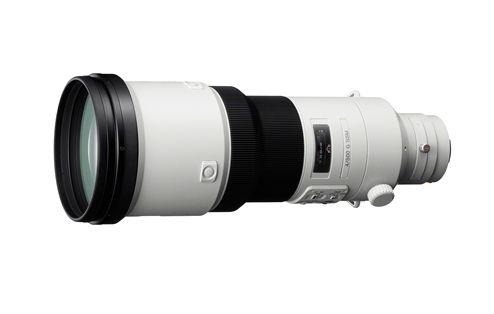 SONY, NUOVO SUPER TELEOBIETTIVO DA 500MM      Pensato per i professionisti, il potente obiettivo SAL500F40G di Sony si innesta su fotocamere SLT e reflex digitali