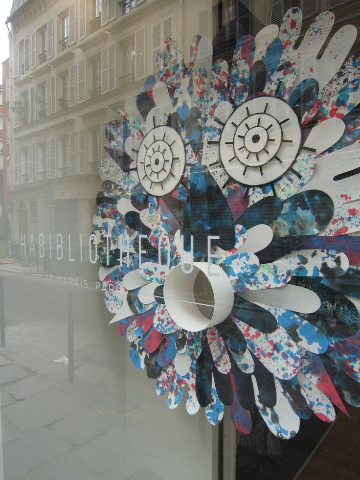 #windowdisplay in #Paris by #SprayfunStudio #sprayfun for #lhabibliotheque 61 rue #saintonge #papermasks #paperart #paperartwork #window #windowdecor #paperdecor sprayfun.fr lhabibliotheque.com