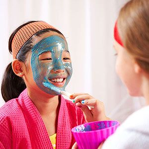 Honey Banana Mask for a spa party or sleepover: In a blender, combine 1 cup plain yogurt (room temperature), 1 medium banana, 2 tablespoons honey, and 1 drop of blue food coloring. Apply to the face with a brush, avoiding the eyes. Leave on for 5 minutes. Rinse with warm water. Pat skin dry.