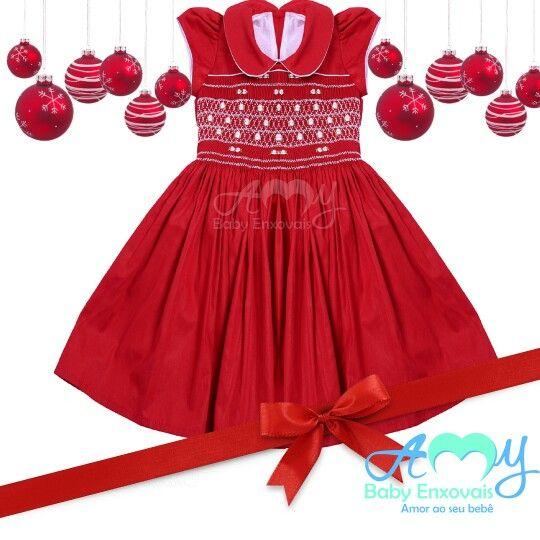 Na Amy Baby Enxovais você encontra lindoa vestidos casinha de abelha em ponto smock para noite de natal. www.amybabyenxovais.com.br Siga nosso instagram amy_baby_enxovais