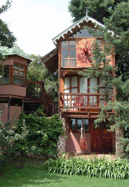 Sycamore Avenue tree houses