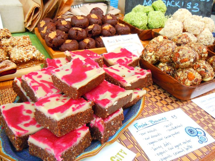 Raw, vegan desserts galore!  Macaroons, peanut butter thumbprints and my personal fave, raw vegan frosted brownies!  The bright pink colour?  Beet juice!