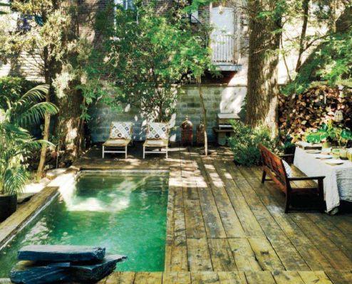 Magnifique terrasse, intime et chaleureuse... c'est ce que je veux chez moi!