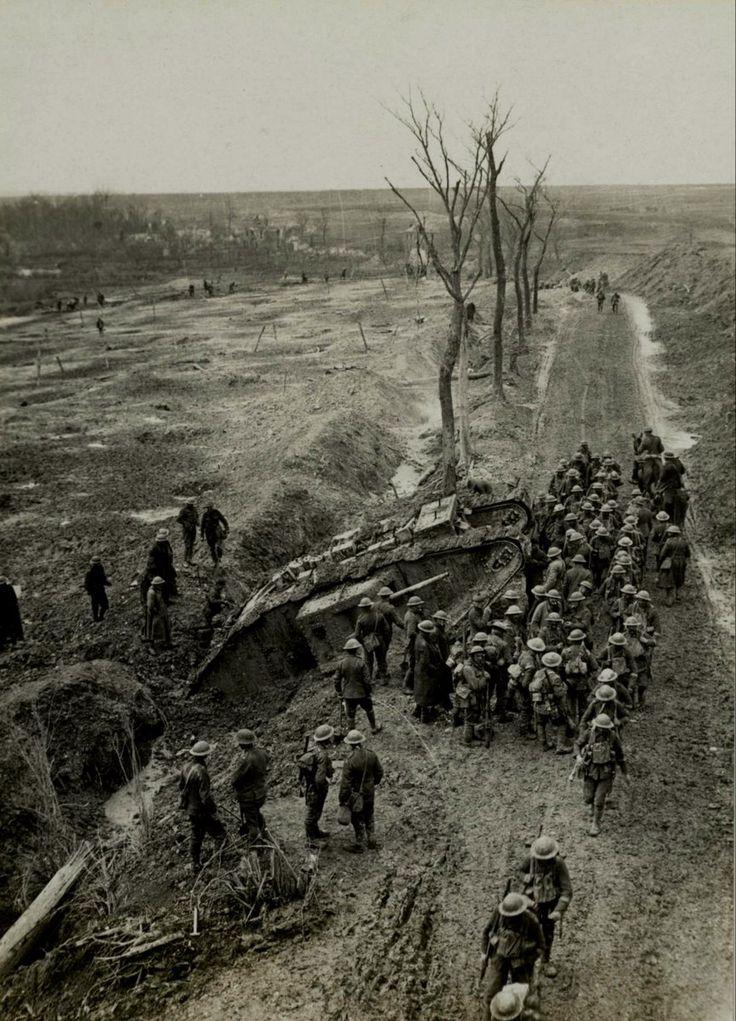 WW1, British tank stuck in the mud near Fampoux, France c 1917. -Johan Ryheul (@JohanRyheul) | Twitter