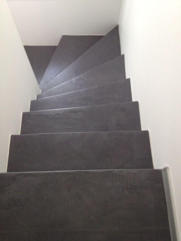 Sol et murs, escalier - beton ciré yellostone (Suisse)