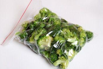 Как заморозить брокколи - рецепт с пошаговыми фото / Меню недели
