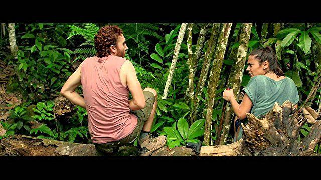 Daryl Sabara and Lorenza Izzo in The Green Inferno (2013)