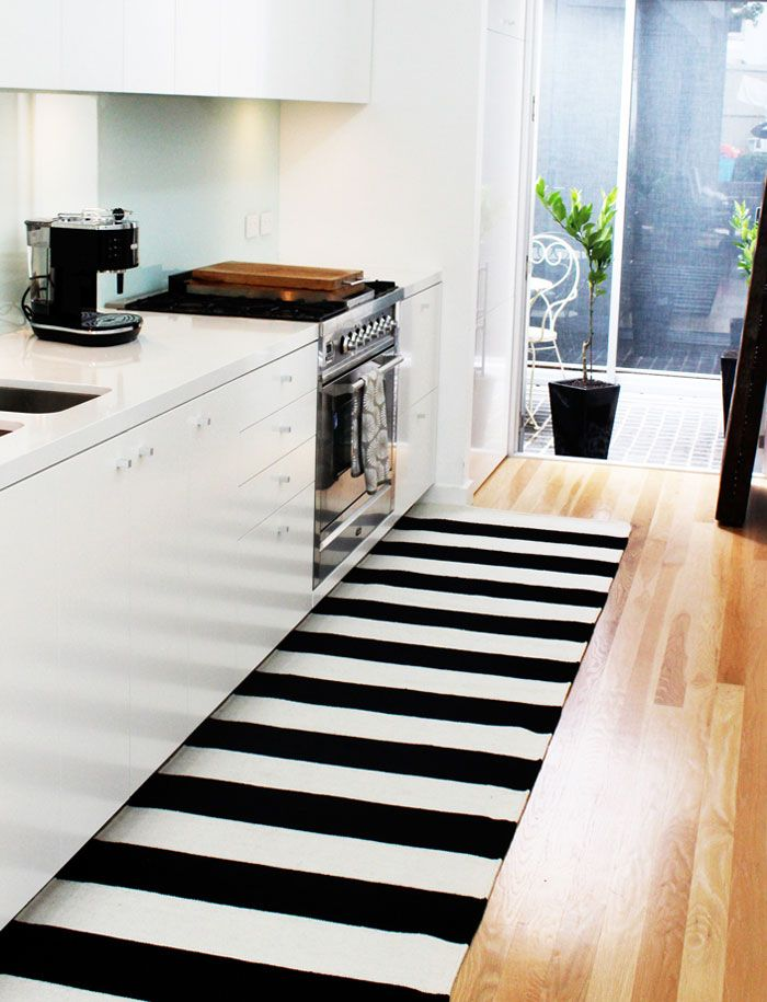 17 Suggestion Best Area Rugs For Kitchen Homelovers White Kitchen Rugs White Kitchen Interior Design Kitchen Rug