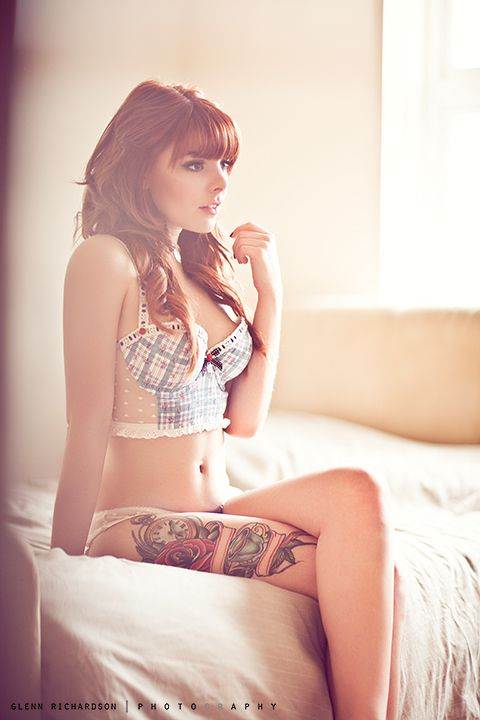 Bustier, hair, tattoo.  LOVE.