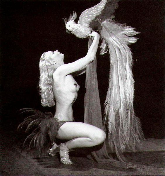 Lili St Cyr  Queen of 1950s Burlesque