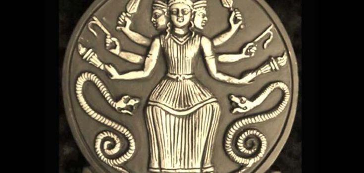 Hécate, diosa y reina de las hechiceras - http://www.absolutgrecia.com/hecate-diosa-y-reina-de-las-hechiceras/