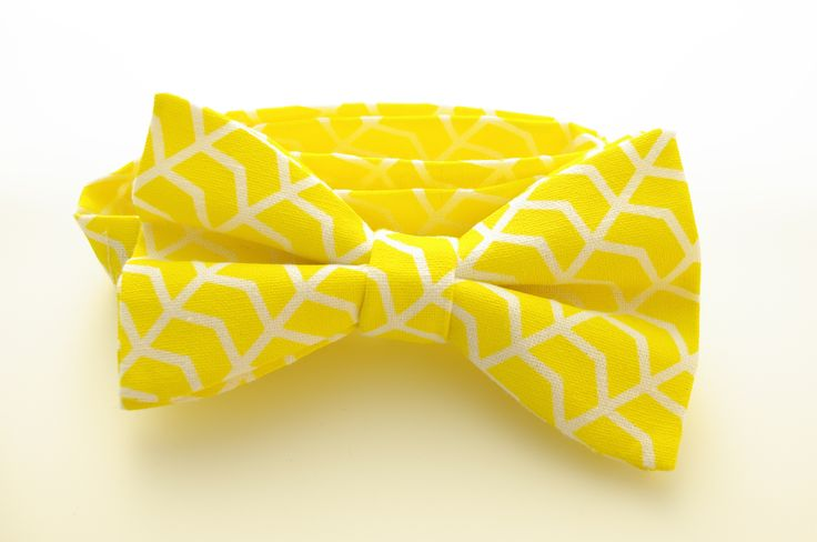 Yellow and white herringbone print linen bow tie by Huxby Haberdashery. Great wedding tie idea