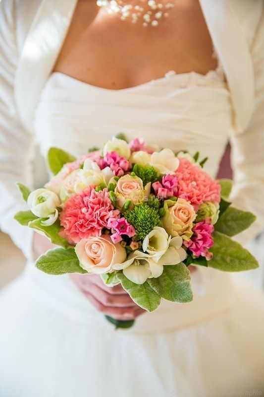 10 bouquets pour 10 mariées
