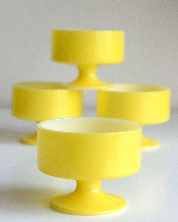 Vintage Lemon Yellow Ice Cream Bowls ♥ Kitchens