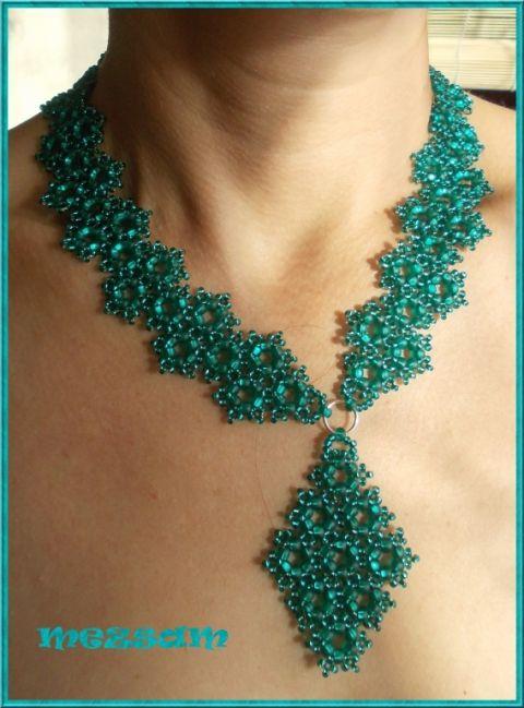 Zöld bársony - nyakék, fülbevaló és karkötő