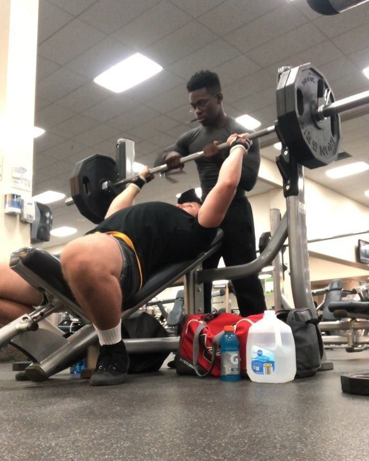 Chest And Arm Workout Today With My Boy Donavan04261 Incline Bench Press Worked Up To 225lbs For My Top Set Of 5 In 2020 Chest And Arm Workout Arm Workout Bench Press