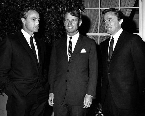 Marlon Brando, Robert Kennedy and Robert Vaughn