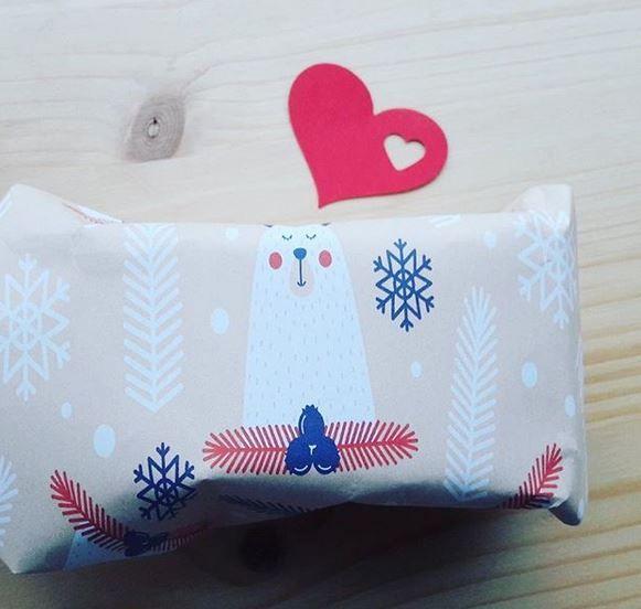 Paquet cadeau - papier printable - Marie-Maguelone