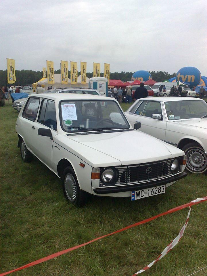 SYRENA 110  Gdyby Syrena 110 weszła do produkcji mogłaby stać się rarytasem na światową skalę i spokojnie sięgnąć po laury w konkursie na samochód roku. Do produkcji nie doszło gdyż FSO podpisała kontrakt z Fiatem na montaż Fiatów 125p, a poźniej także 126p.