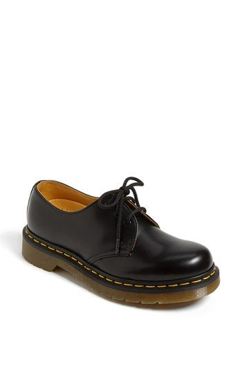 Free shipping and returns on Dr. Martens '1461 W' Oxford at Nordstrom.com. Smooth leather fashions a classic lace-up oxford with a comfortable round toe and heavy-duty outsole.