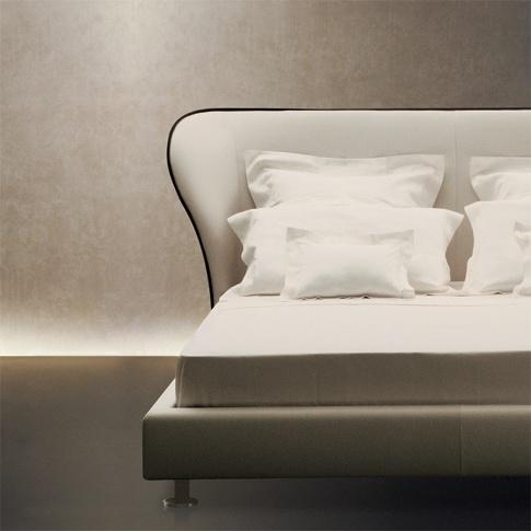 Rea  bed by Giorgetti