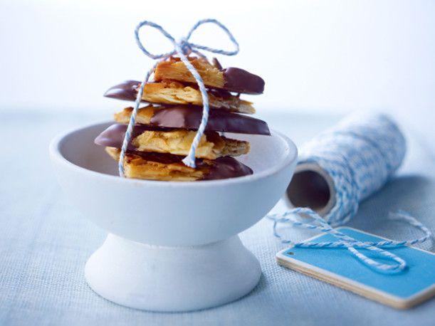 Unser beliebtes Rezept für Mandel-Florentiner mit Schokolade und mehr als 55.000 weitere kostenlose Rezepte auf LECKER.de.