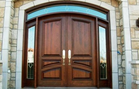 Входные арочные двери