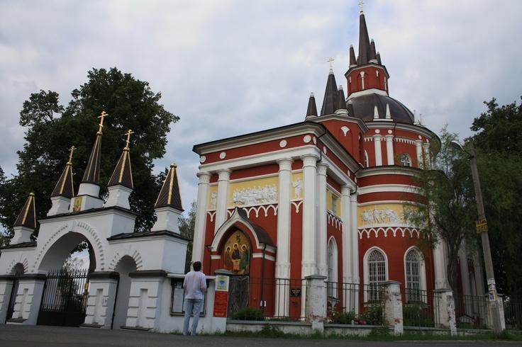 Никольская церковь в селе Царево. Построена в 1812-1815 году по проекту архитектора И.В.Еготова.