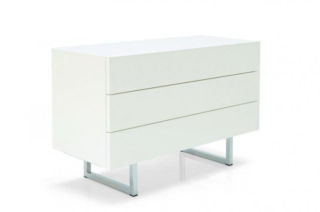 Wooden drawer chest perfect for your bedroom. The three handleless drawers feature a handy push-pull opening mechanism.  Dimensions  47 1/4 ...