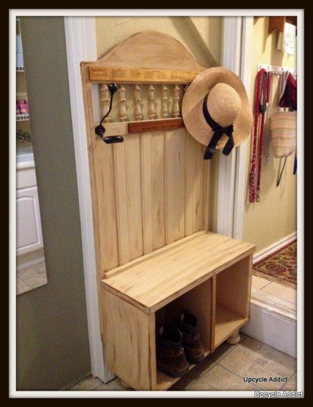 How to make a mud room bench out of a old crib