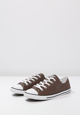 Sneakers laag Converse CHUCK TAYLOR ALL STAR DAINTY - Sneakers laag - chocolate/white Donkerbruin: € 63,95 Bij Zalando (op 8-4-16). Gratis bezorging & retournering, snelle levering en veilig betalen!