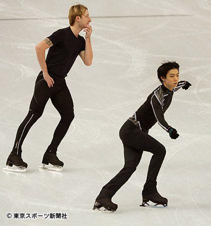羽生結弦、左はプルシェンコ | 東スポWeb – 東京スポーツ新聞社: ...  Saved f