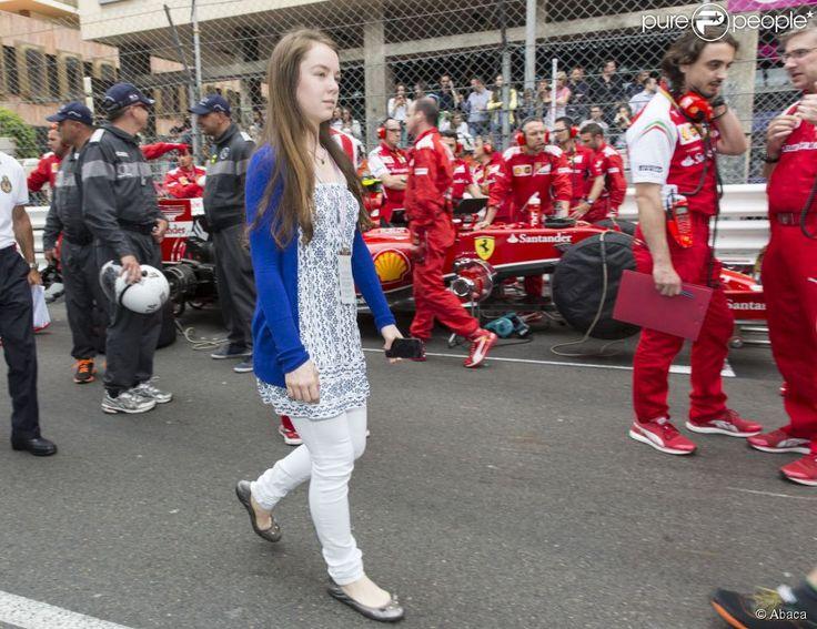 La princesse Alexandra de Hanovre avec son demi-frère Pierre Casiraghi et sa compagne Beatrice Borromeo au Grand Prix de Monaco de Formule 1 le 25 mai 2014