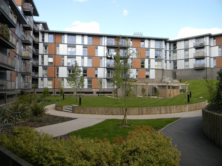 Monthly Rental Of £875  2 Bedroom Upper Floor Flat Flat - Page Court, Crawley, West Sussex, RH10 1AT Estate Agents