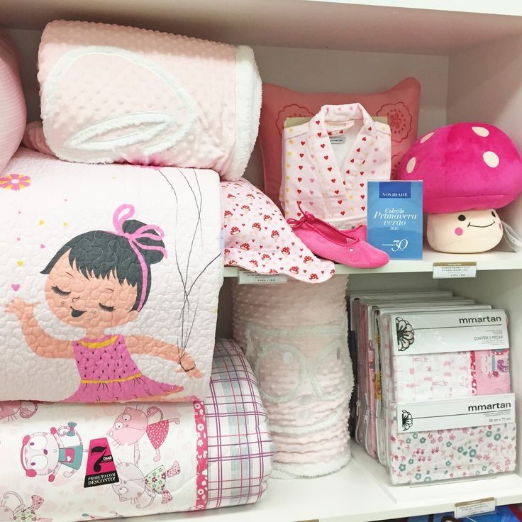 A coleção primavera/verão da Mmartan do Shopping São José é perfeita para o enxoval do seu bebê! Toalhas, edredons, bichos de pelúcia, lençóis... O kit completo para o quarto da criança! O contato da loja é (41) 3058-0228.
