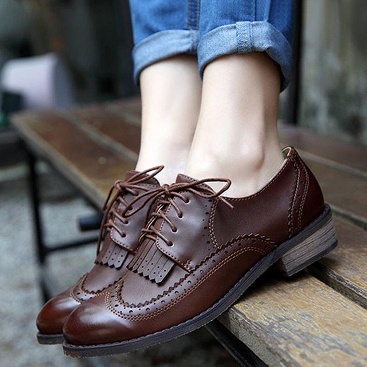 Aliexpress.com: Compre 2015 couro genuíno sapatos Oxford para as mulheres estilo britânico Retro saltos quadrados Lace up calçados casuais da mulher preta Oxfords XWB0006 5 de confiança cavalheiro sapatos fornecedores em King's Shoes